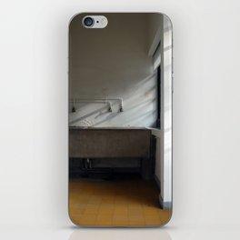 Villa Savoye - Le Corbusier iPhone Skin