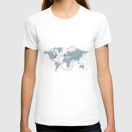 Long Distance World Map - UK to New York T-shirt