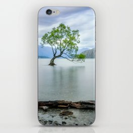 A story of beauty and survival at lake Wanaka, New Zealand. iPhone Skin