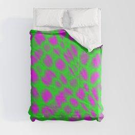 Leakage of harmful vapors of the emerald mesh from cracks on wet glass. Comforters