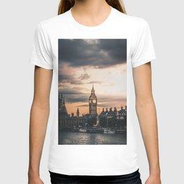 London England Cityscape (Color) T-shirt