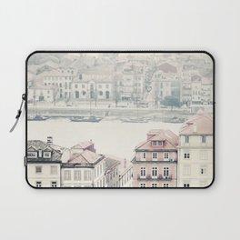 city dreams Laptop Sleeve