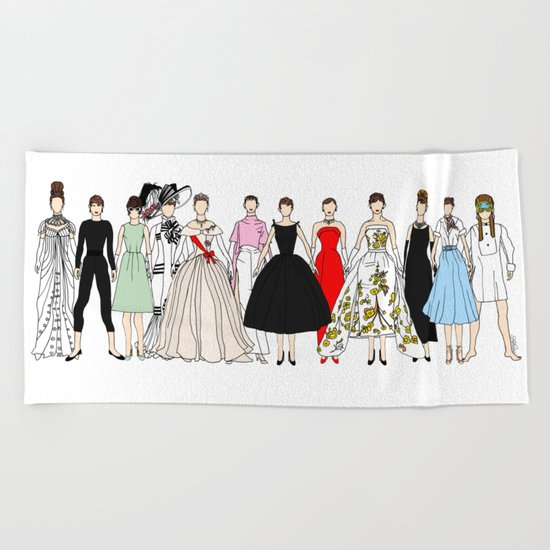 Outfits of Audrey Hepburn Fashion (White) Beach Towel