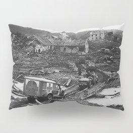 All This Inanimate Wreckage (1945) Pillow Sham