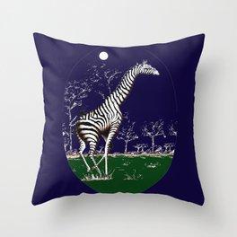Girafe à la nuit Throw Pillow