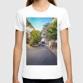 BUS IN BUDAPEST T-shirt