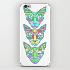 Gatos iPhone & iPod Skin