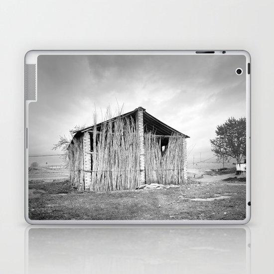 Old dryer tobacco Laptop & iPad Skin