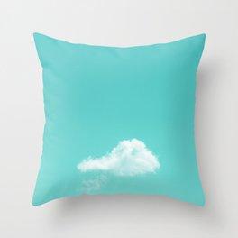 Nube cian Throw Pillow