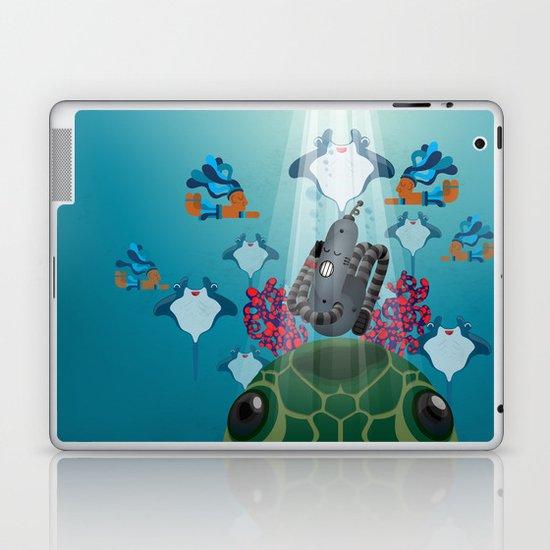 Meet Raveland 04 Laptop & iPad Skin