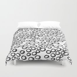 Hand painted monochrome rings pattern Duvet Cover