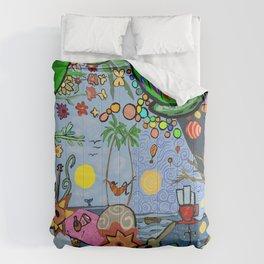 Man on a hamac Comforters