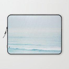 Winter Surfing III Laptop Sleeve