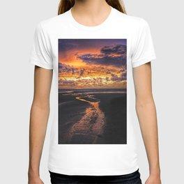 Sauble Beach Art Decor. T-shirt