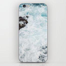 Crashing waves in the Caribbean Sea iPhone Skin
