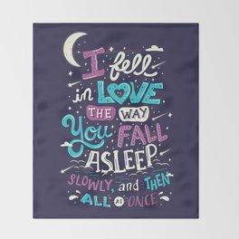 Fell in love Throw Blanket