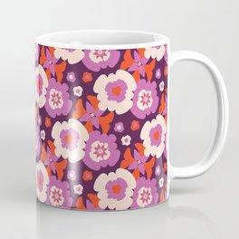 Retro Bohemian Daisy Floral Vector Pattern Hand Drawn, Seamless Bloom Coffee Mug
