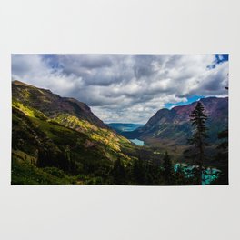 The valley and beyond Rug