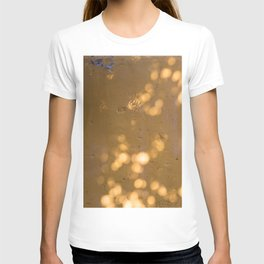 light and shadow T-shirt