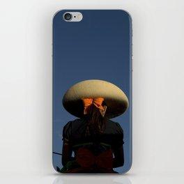 Escaramuza rider iPhone Skin