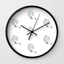 J'ai fait l'tour du monde Wall Clock