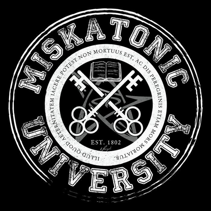 Miskatonic University Emblem (Dark version) Duvet Cover