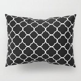 Clover Quatrefoil Pattern: Black & White Pillow Sham