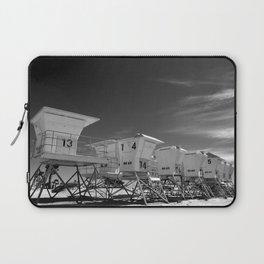 BEACH - California Beach Towers - Monochrome Laptop Sleeve