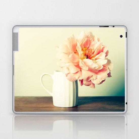 Sitting Pretty Laptop & iPad Skin