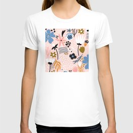 Pretty in Pink Trendy Floral Print T-shirt