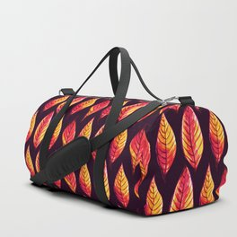 Vibrant autumn leaves pattern Duffle Bag