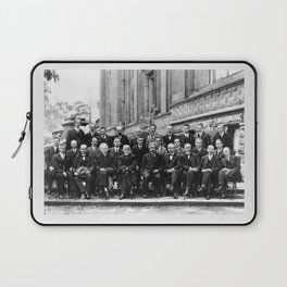 World-Renowned Physicists of 1927 at Solvay Conference Laptop Sleeve