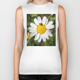 Magic Field Summer Grass - Chamomile Flower with Bug - Macro Biker Tank