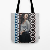 charli xcx Tote Bags featuring Charli XCX  by Illuminany