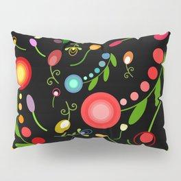 Dark garden Pillow Sham