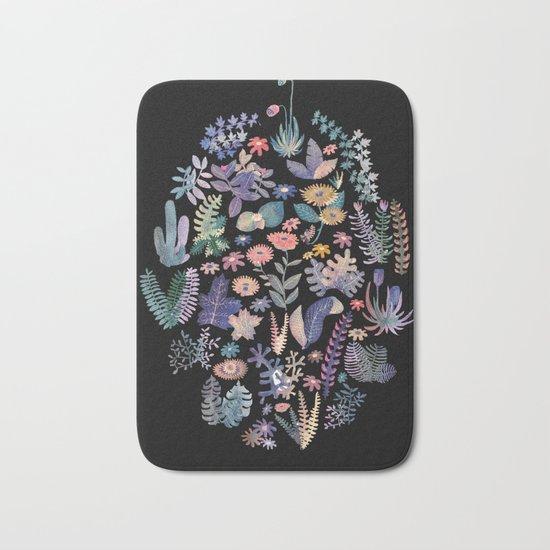 flower circle in black Bath Mat