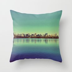 New York.. I've got you under my skin Throw Pillow