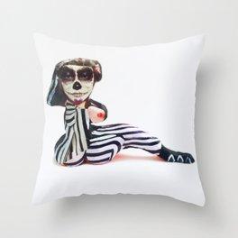 Beeldje - Maria DeVet Throw Pillow