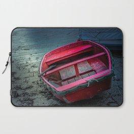 Barca al porticciolo di Piombino Laptop Sleeve
