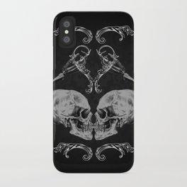 """""""Skull in Love"""" iPhone Case"""