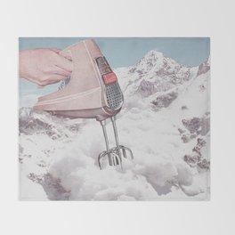 Doris Whisker II - Avalanche whipped cream Throw Blanket