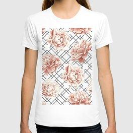 Rose Garden Vintage Rose Pink Cream White Mod Diamond Lattice T-shirt