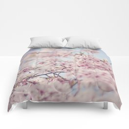 SPRING DAYDREAMING Comforters