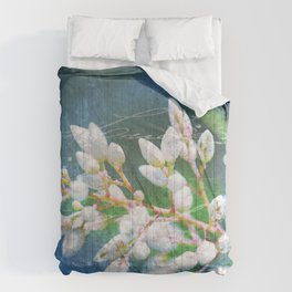 A Splash of Flowers Comforters