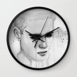 hurt lover Wall Clock