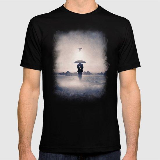 Waiting for the rain (colour option) T-shirt