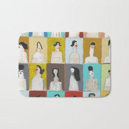 Treinta y Seis Mujeres Bath Mat
