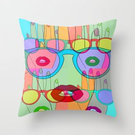 At a glance alien Throw Pillow
