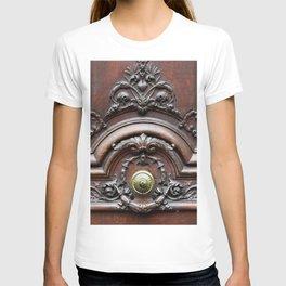 Parisian Chic T-shirt