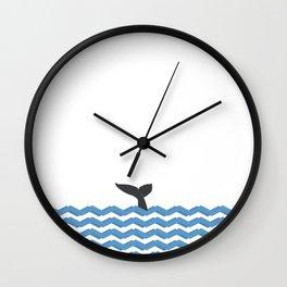 > tail Wall Clock